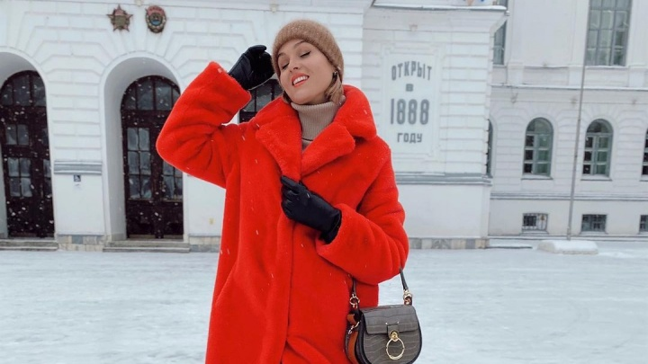 «От всех норковых шуб избавилась»: 10 ярких красоток на улицах города — о самой кошмарной зимней одежде