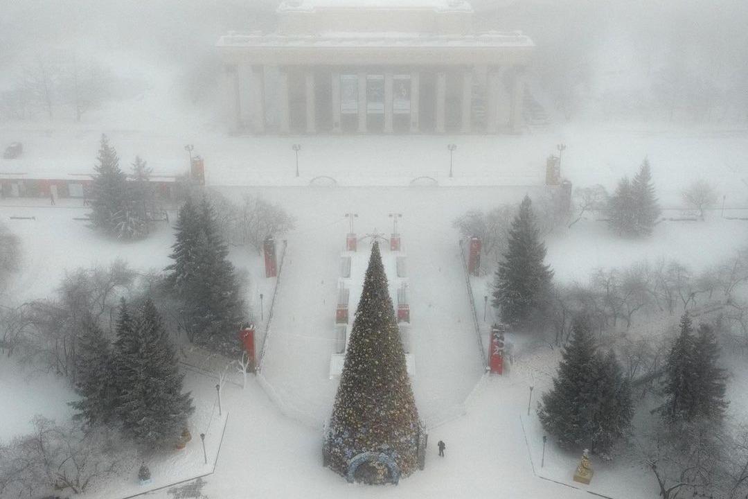 В мороз самый известный в России каток выглядит не так впечатляюще, но всё же