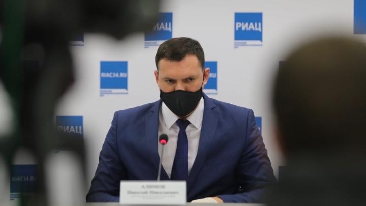«Ситуацию в Котельниково и Жирновске взяли под контроль»: заявления чиновника облздрава о ситуации с коронавирусом