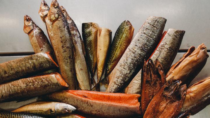 Море внутри Сибири: репортаж с производства рыбной продукции — такая еда способна взволновать каждого