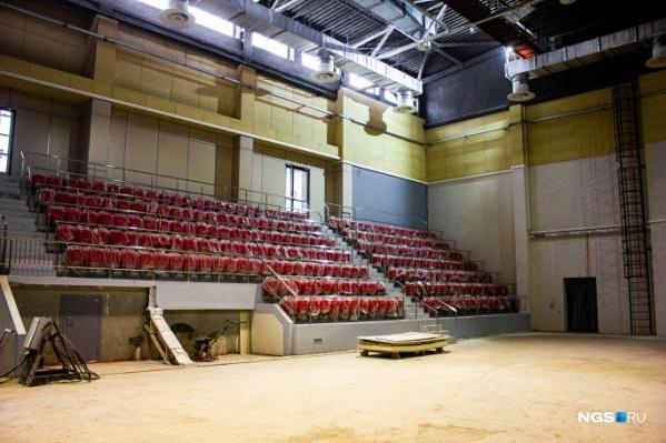 Строительство центра планировали закончить этим летом