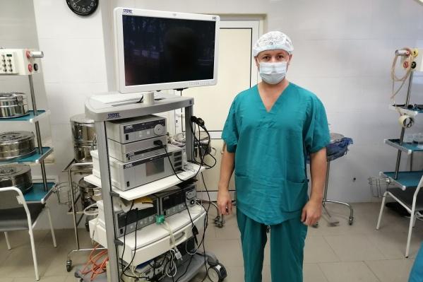 Специалисты гинекологического отделения во главе с заведующим Денисом Лапиным решили оперировать женщину с опасной патологией без промедления. Операция прошла успешно