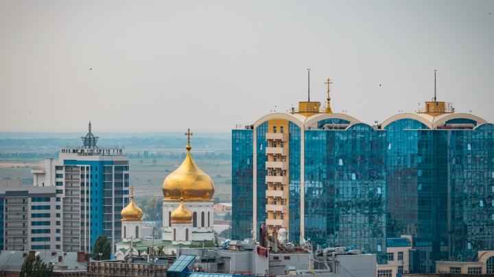 COVID-ограничения возвращаются в Ростов, моряки — нет: события 12 октября