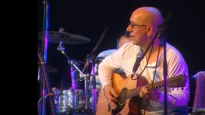 Вокалист группы «Воскресение» Андрей Сапунов умер от сердечного приступа