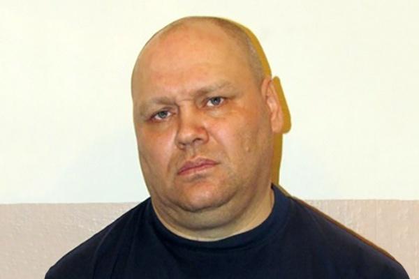 Криминального кузбасского авторитета объявили в федеральный розыск