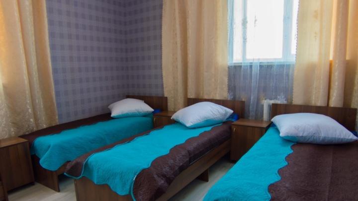 Коронавирусом заболела сотрудница тюменской гостиницы «Искра», ещё пять человек — под подозрением
