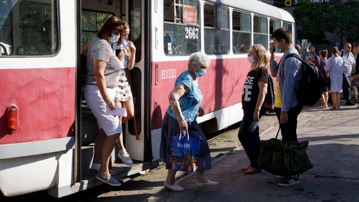 Антисептик и мыло: в Волгограде Роспотребнадзор рассказал, как не заразиться гриппом
