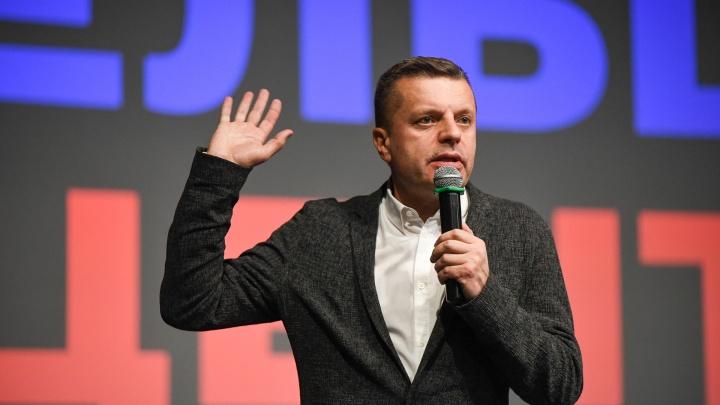 О Екатеринбурге, презрении к людям и Ксении Собчак: интервью Леонида Парфенова для E1.RU