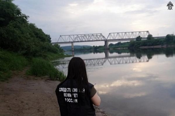 Тело юноши достали из реки спустя 2 дня
