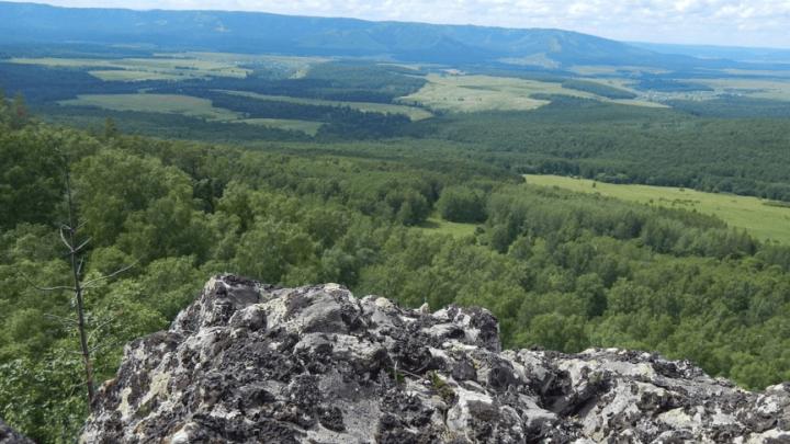 В Башкирии девять школьников заблудились на горе