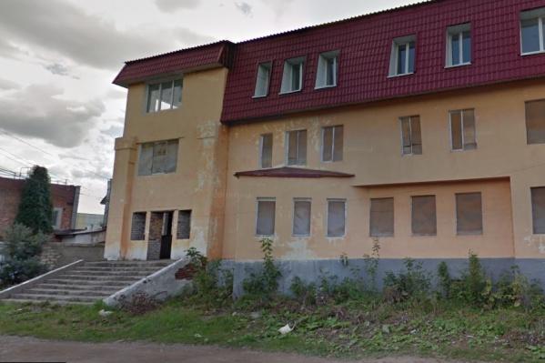 Здание находится в Куйбышевском районе Самары