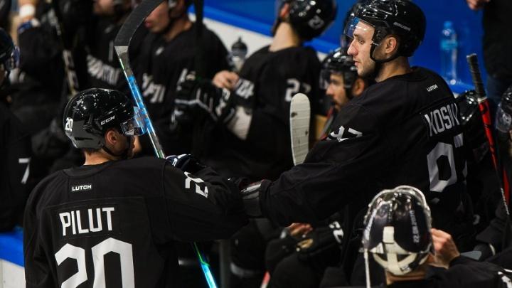 В Челябинске отменили Кубок губернатора по хоккею из-за вспышки коронавируса в «Тракторе»