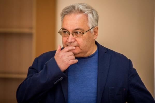 Михаил Садовой находится под домашним арестом