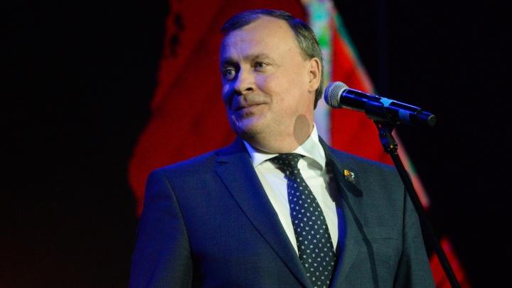 Алексей Орлов поздравил читателей E1.RU с наступающим Новым годом и подвел итоги