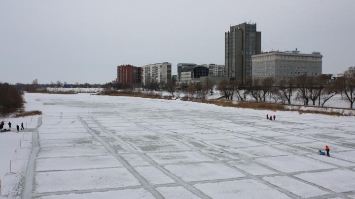 Подготовка к паводку: в Кургане в начале марта распилят лед на Тоболе
