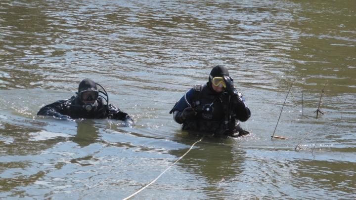 Спасатели нашли в Енисее тело рыбака, который пропал две недели назад в Лесосибирске