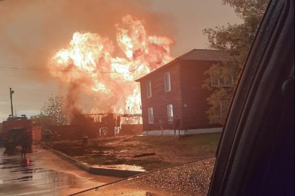 «Не дай бог такой ужас кому-то пережить»: в селе Казачинское у семьи взорвались два газовых баллона