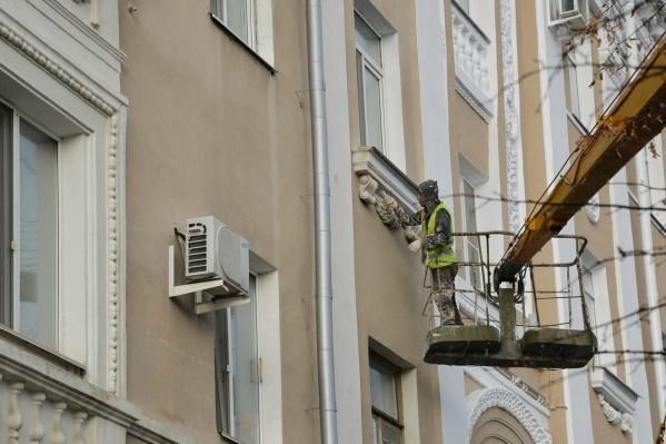 В этом году обновят фасады 25 домов Кургана