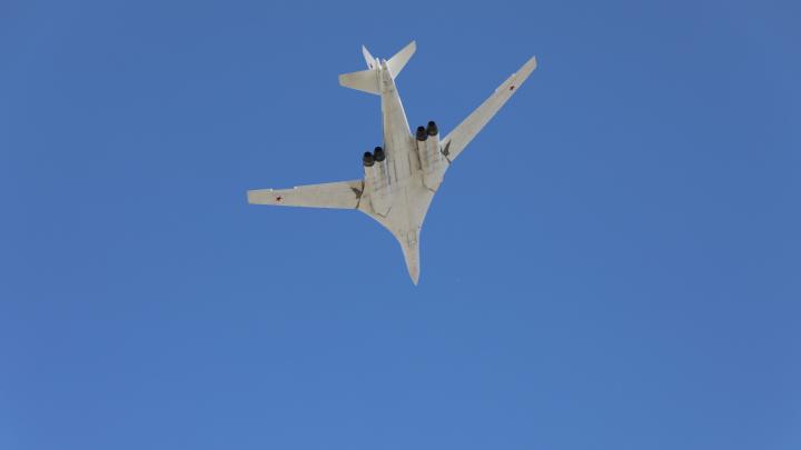 В Самаре прошел авиапарад в честь Дня Победы: видео