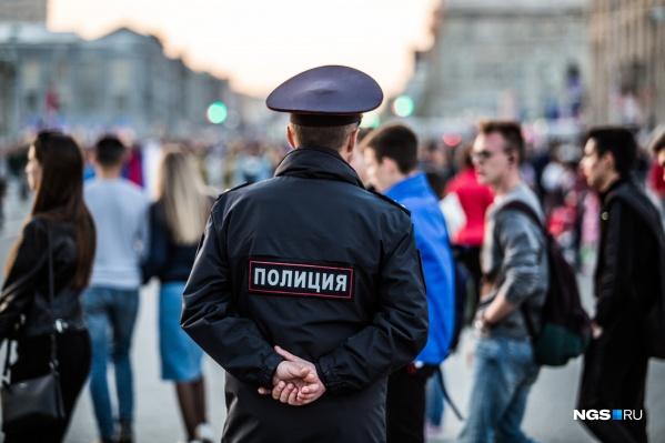 Против полицейского было возбуждено уголовное дело по п. «а» ч. 3 ст. 286 УК РФ «Превышение должностных полномочий»