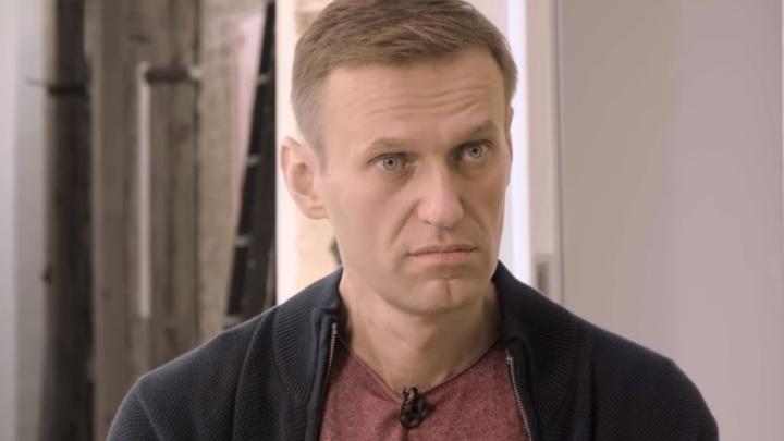 «Боже мой, неужели Лисицын не выиграл?»: Алексей Навальный дал первое интервью после выхода из комы