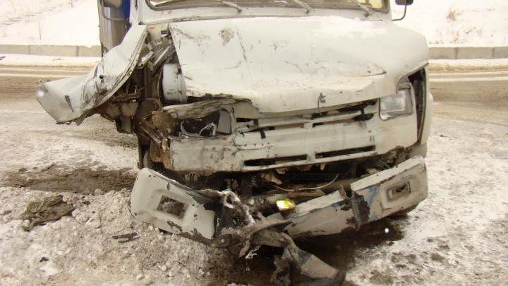В Волгограде из-за сильной метели посыпались первые аварии