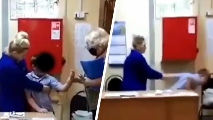 Конфликт между школьником и вахтершей: нижегородские СК и прокуратура проводят проверку