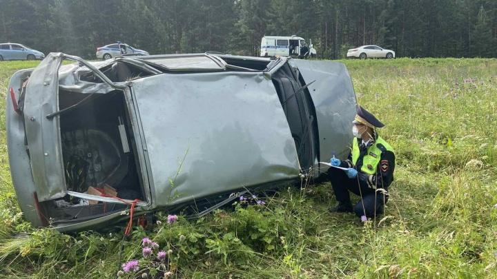 Под Красноярском «Лада» улетела в кювет, погибла 15-летняя девочка