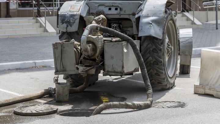 В Волгограде на базе МУП «Северное» нашли незаконную точку слива для ассенизаторов