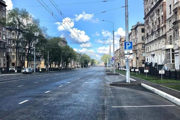 На фото проспект Металлургов