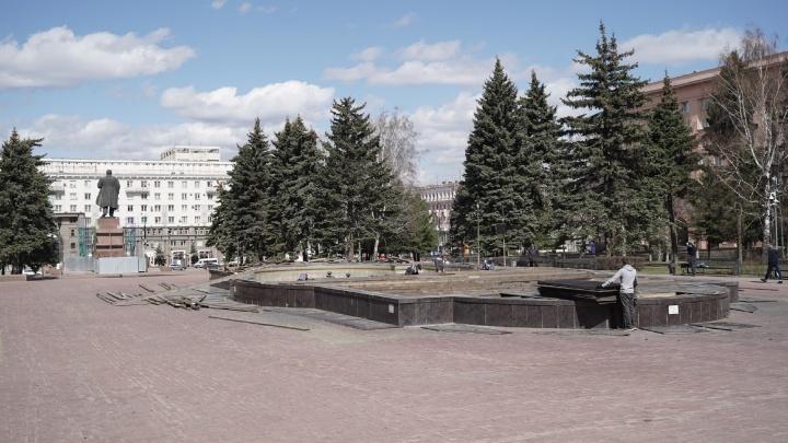 Светомузыкальный фонтан на площади Революции откроют с новым плейлистом