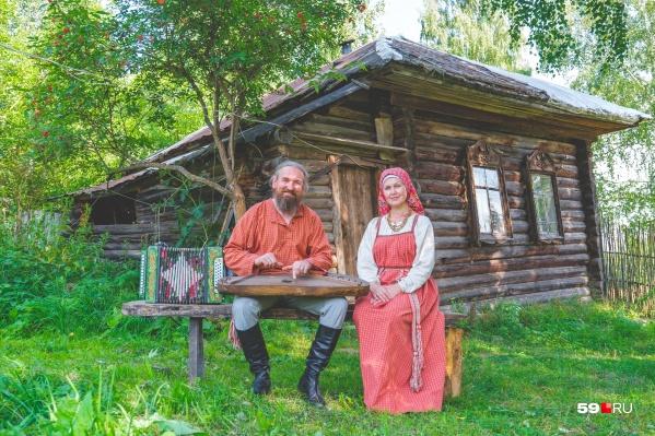 Шаврины переехали в деревню, где родился Александр