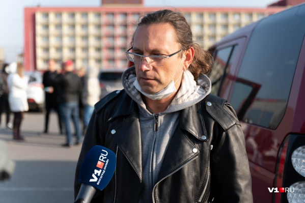 По словам Олега, он не раз слышал угрозы в свой адрес со стороны Арсена Мелконяна