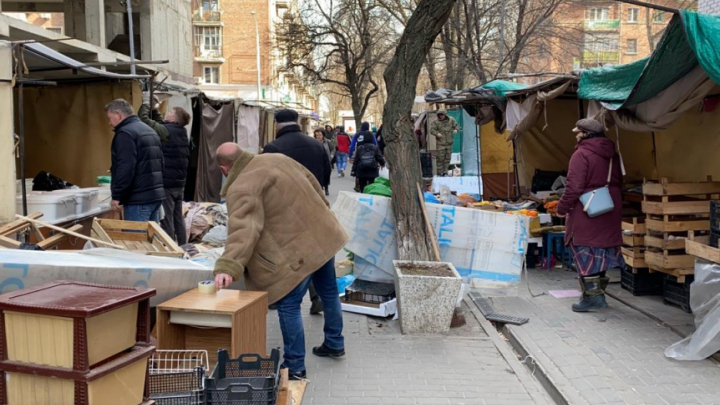 В Ростове из-за коронавируса на Сельмаше убрали рынок