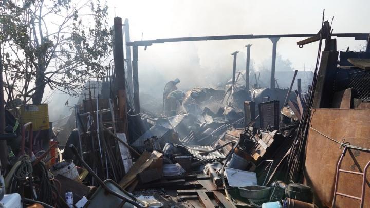 В Самаре ликвидировали крупный пожар в Запанском
