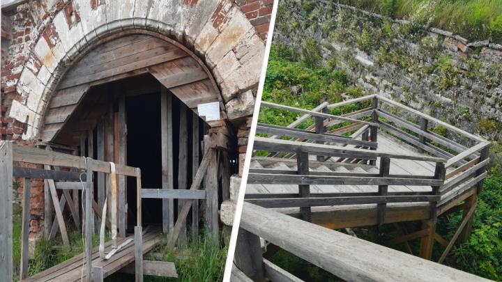«Наша история зарастает травой»: колонка возмущения состоянием Новодвинской крепости