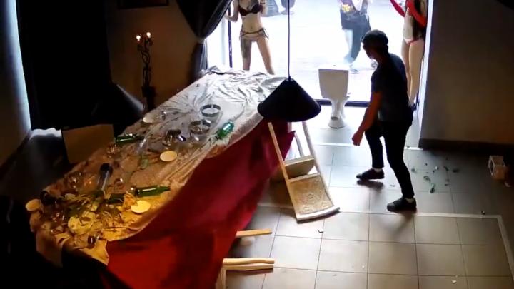 В Москве разгромили галерею социальной терпимости экс-мэра Архангельска Александра Донского