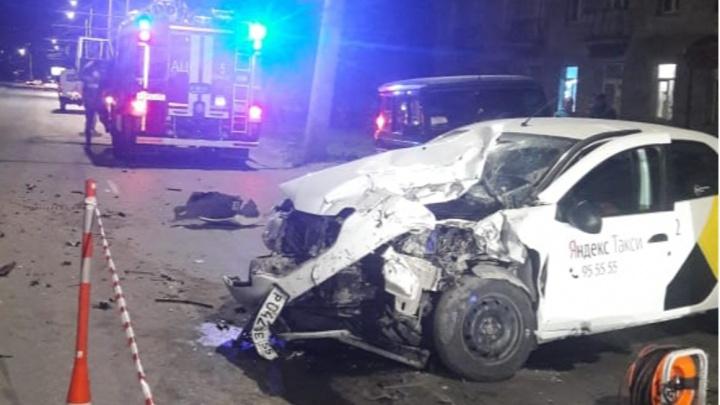 В Омске под суд пошел водитель «Гелендвагена», из-за которого погибли водитель и пассажир такси