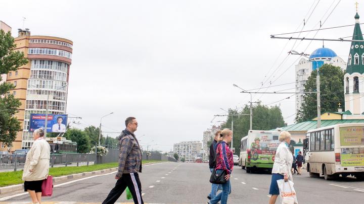 «Что ты сделала, чтобы тебя не сбили?»: колонка журналиста о том, почему машины должны ездить медленно