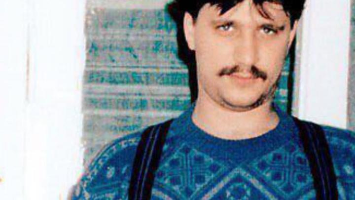 Работал проходчиком в кузбасской шахте: известный российский актер поделился архивным фото