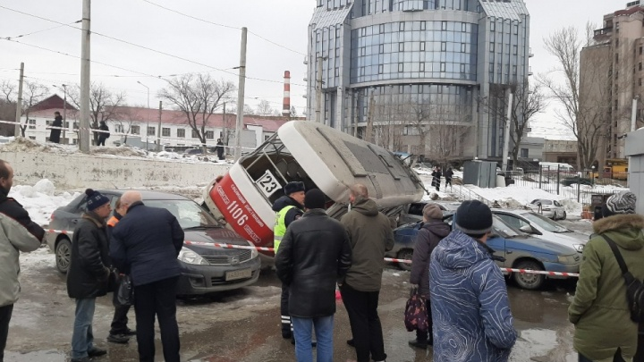 В Самаре уволили директора Северного депо из-за схода трамвая у ТЦ «Апельсин»