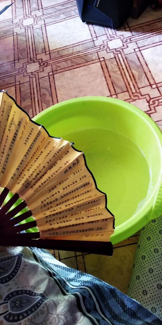 Самарцы пользуются подручными средствами спасения от жары