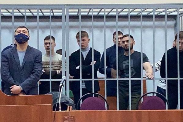 """На скамье подсудимых по громкому делу оказались <nobr class=""""_"""">14 человек</nobr>"""