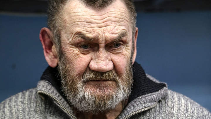 Из «мехового короля» — в бездомные: история бизнесмена из Екатеринбурга, который коротает дни в приюте