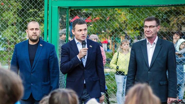 На что тратят деньги челябинские депутаты — выяснили у Ильи Мительмана