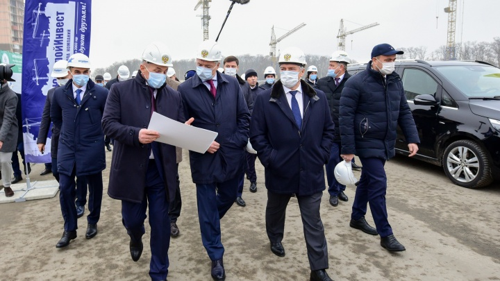 Вице-премьер и министр строительства посетили экорайон «Вересаево» от ГК «ЮгСтройИнвест»