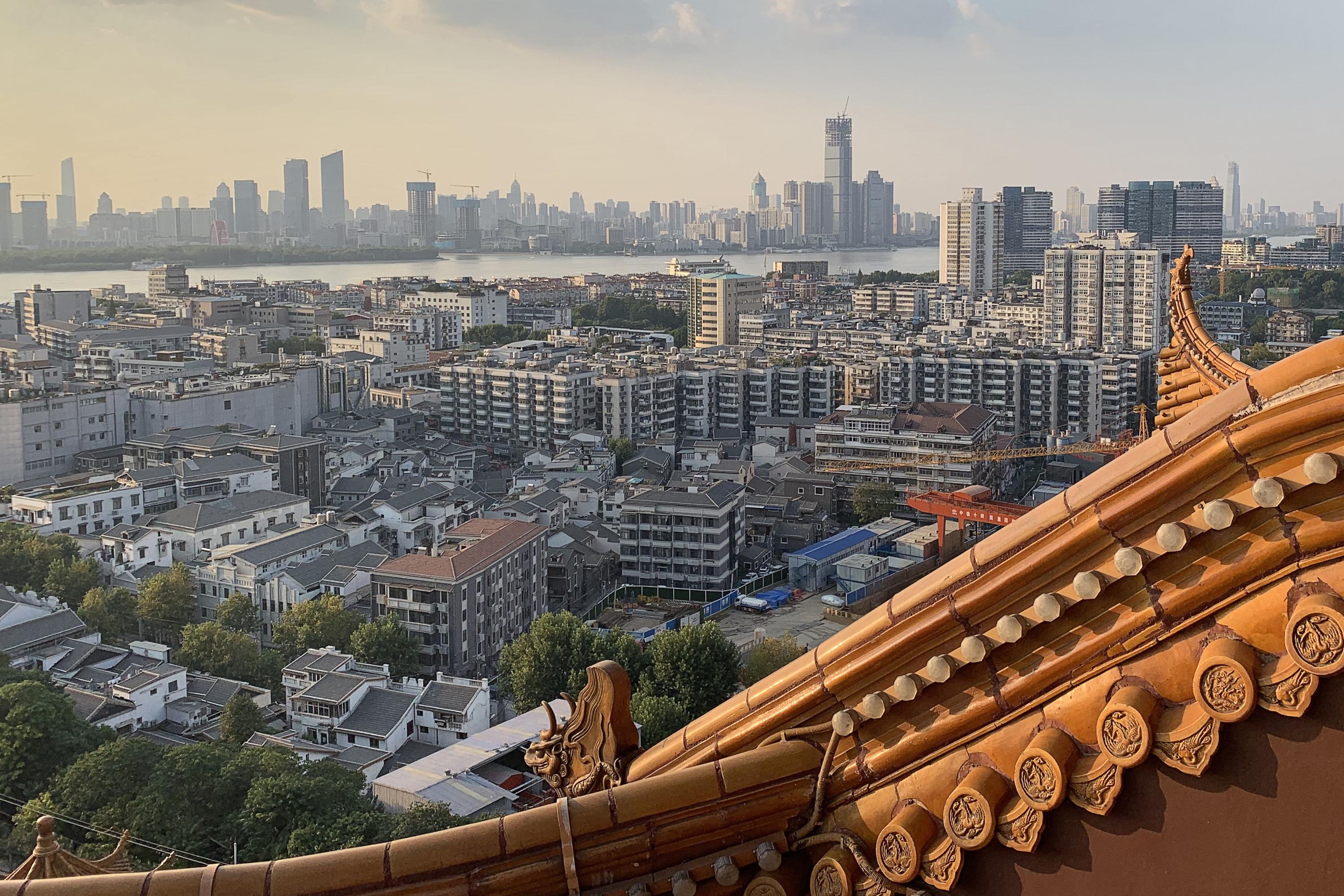 Китай. Ухань. Вид на город и реку Янцзы с пагоды Хуанхэлоу