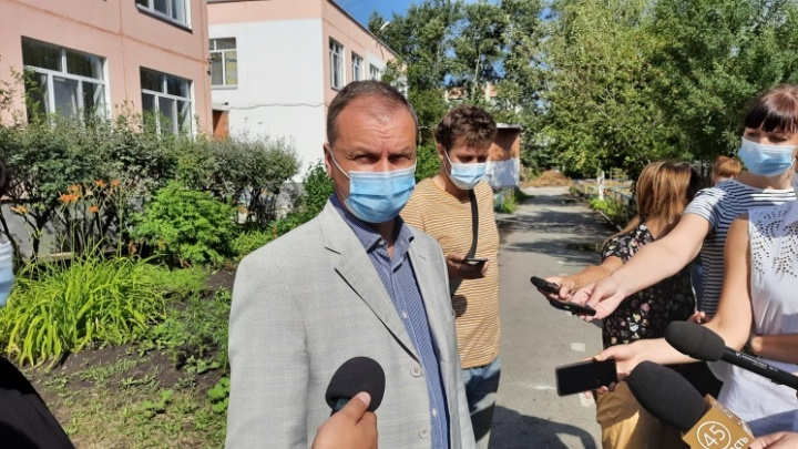 Андрей Потапов попросил курганцев обращаться к нему по всем городским проблемам