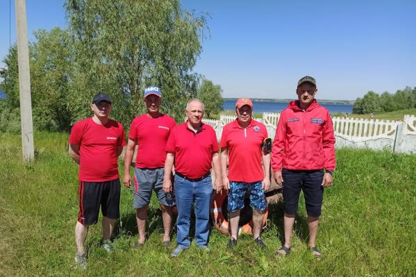 Спасатели на озере Кандрыкуль работают за спасибо