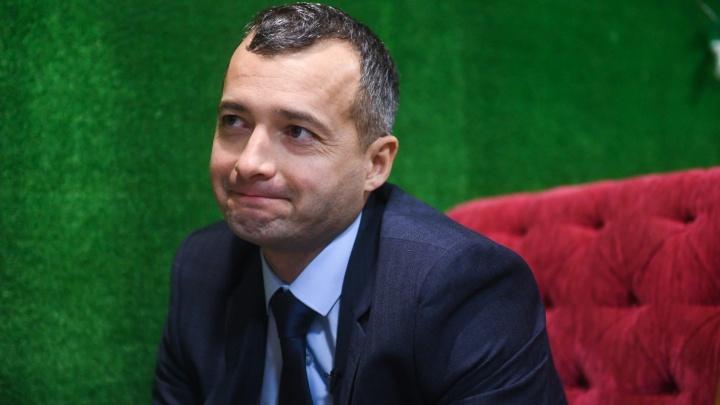 «Смотрел на небо с завистью»: Дамир Юсупов рассказал, почему стал пилотом только после 30 лет